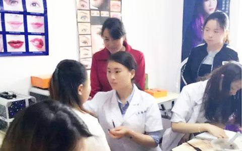 西安半永久培训学校风尚零基础创业班